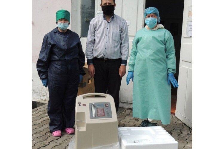 За пожертви парафіян на Рівненщині придбали кисневий концентратор