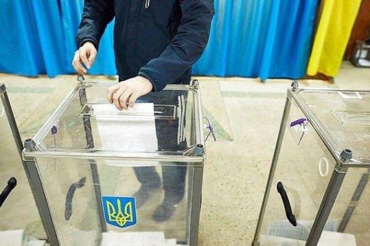 В Україні почалося голосування на місцевих виборах