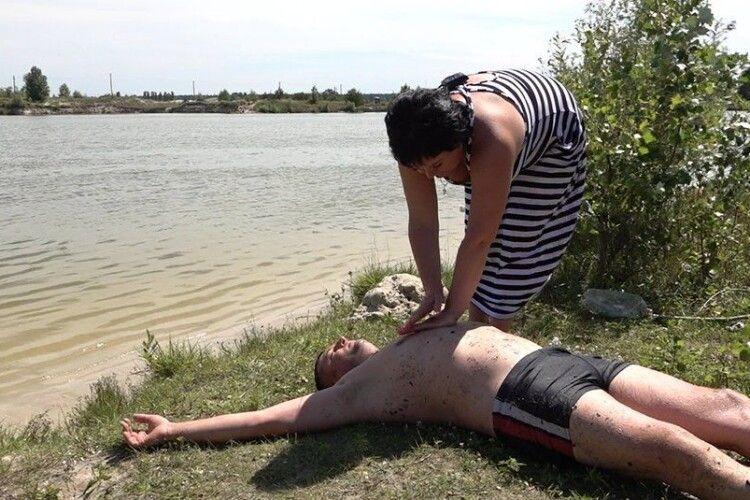 Жінку, яка вивела чоловіка зі стану клінічної смерті, номінували на «Героїню року»