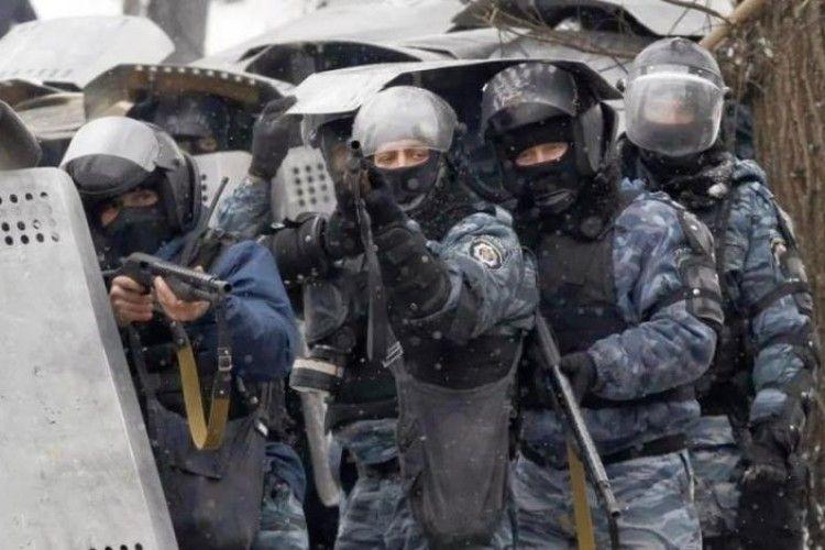 Розстрілювали всіх: спливли невідомі факти про тітушок Майдану