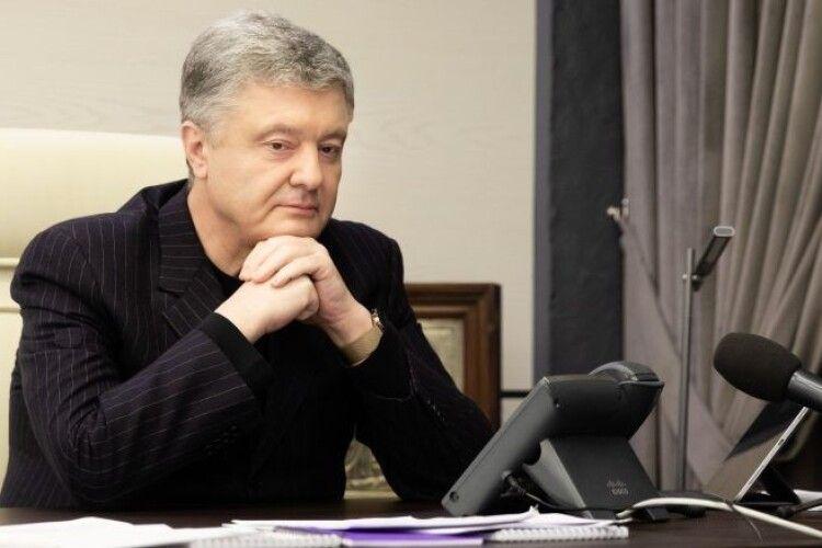 Порошенко в ефірі Тризуб ФМ: В очах Путіна я бачив не бажання миру, а ненависть до України і українців