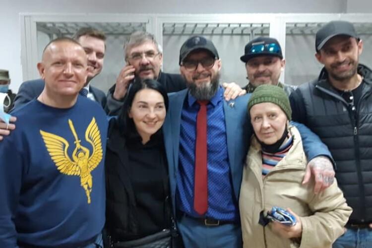 Петро Порошенко поспілкувався з Андрієм Антоненком, якого відпустили під домашній арешт