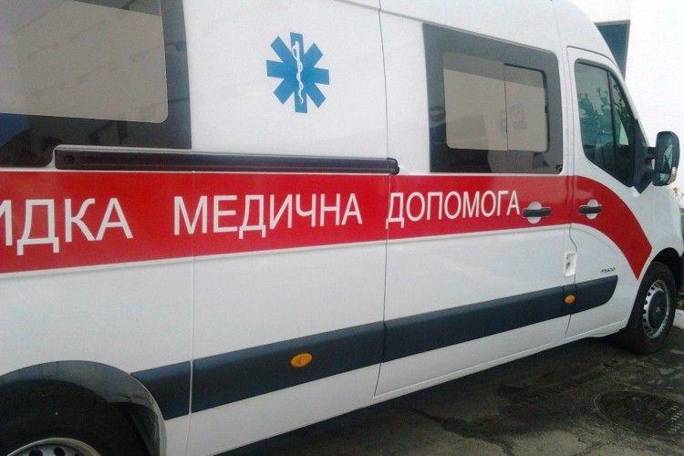 «Швидка» їхала годину: чоловік помер на лавці, так і не дочекавшись медиків (Фото)