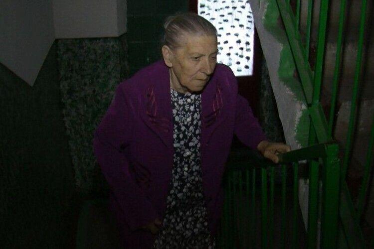 У луцьких багатоповерхівках зупинили на капремонт понад три десятки ліфтів