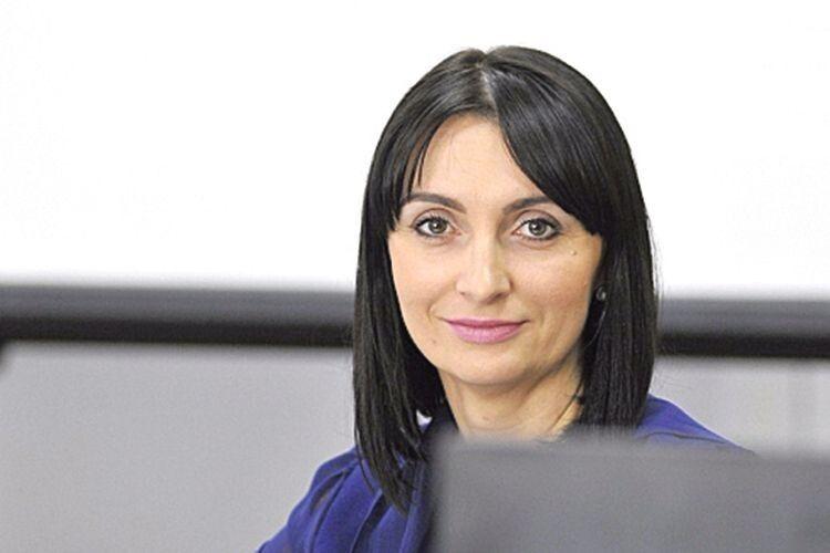 За Волинь без злочинного олігархату: депутат Луцької міськради  Юлія Вусенко йде на вибори  з «Європейською Солідарністю»