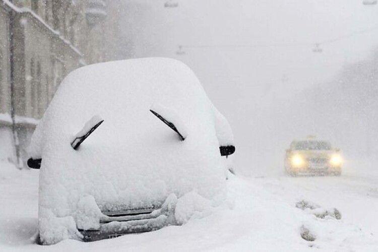 Синоптики оголосили штормове попередження: намете до 40 см снігу