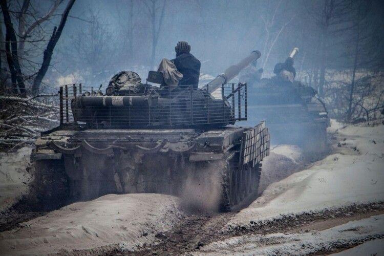 Один український захисник  підірвався на вибуховому пристрої, інший – отримав вогнепальне поранення