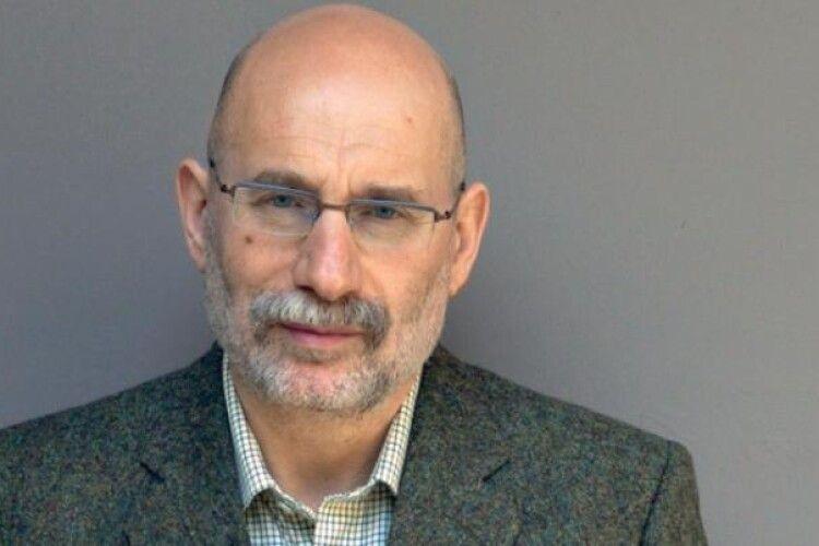 Письменник Борис Акунін підчепив коронавірус