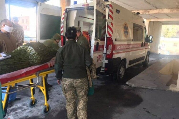 Із Харкова авіацією евакуювали поранених військових