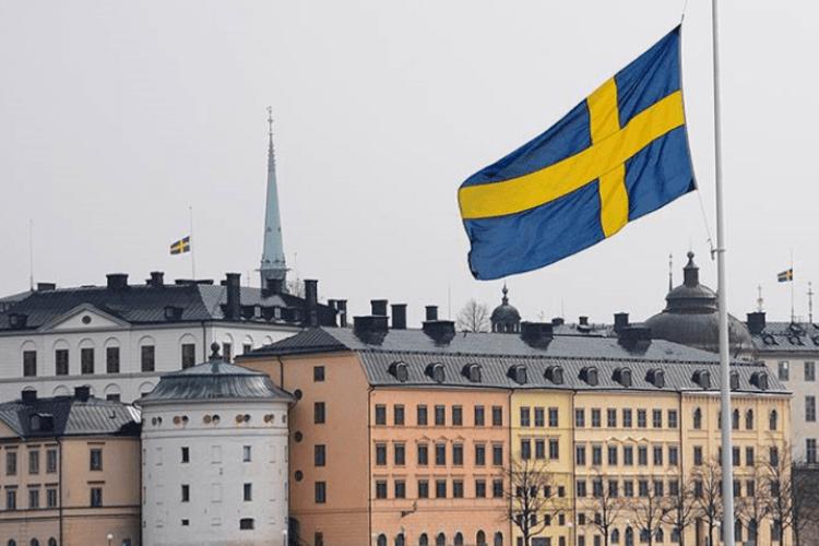 У Швеції темпи поширення коронавірусу продовжують галопувати
