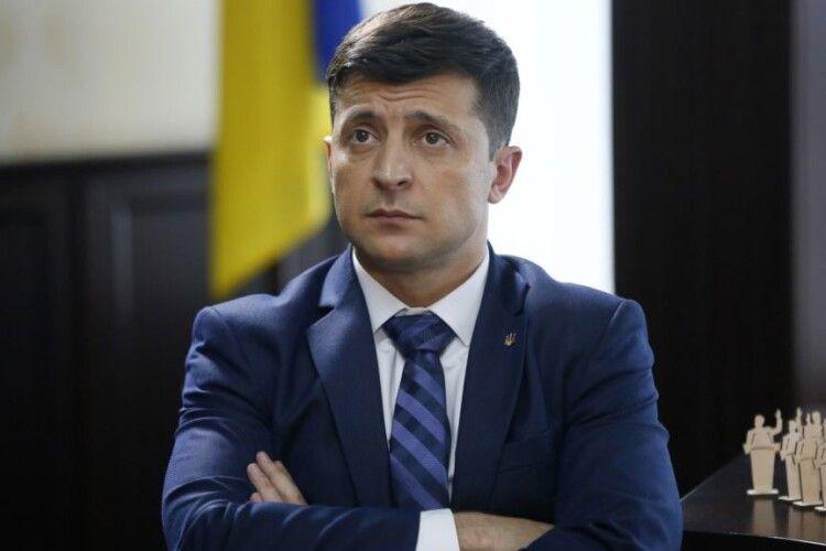 Недодивилися: Зеленський хоче провести інавгурацію ужалобний день