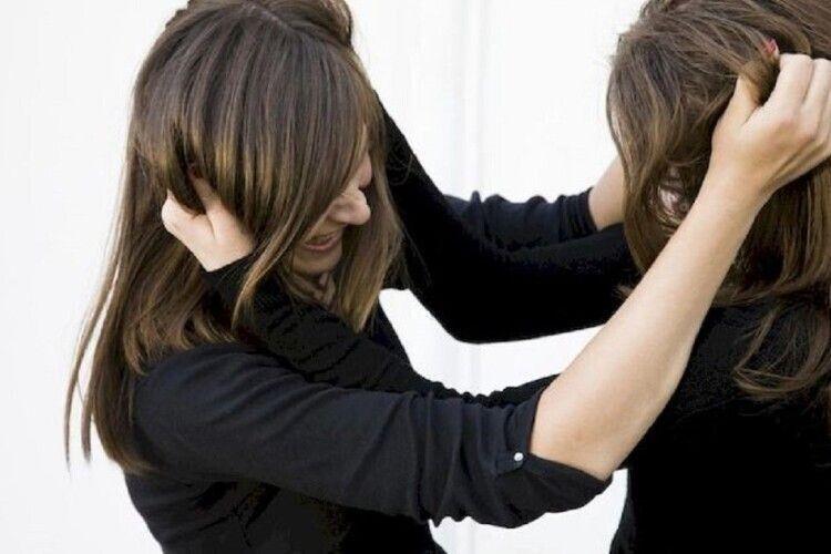 У Луцьку судили жінку, яка зламала іншій під час бійки носа