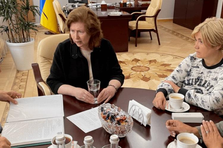 Депутатки «Євросолідарності» звернулися до Уповноваженої з прав людини щодо грубих порушень у справі генерала Павловського
