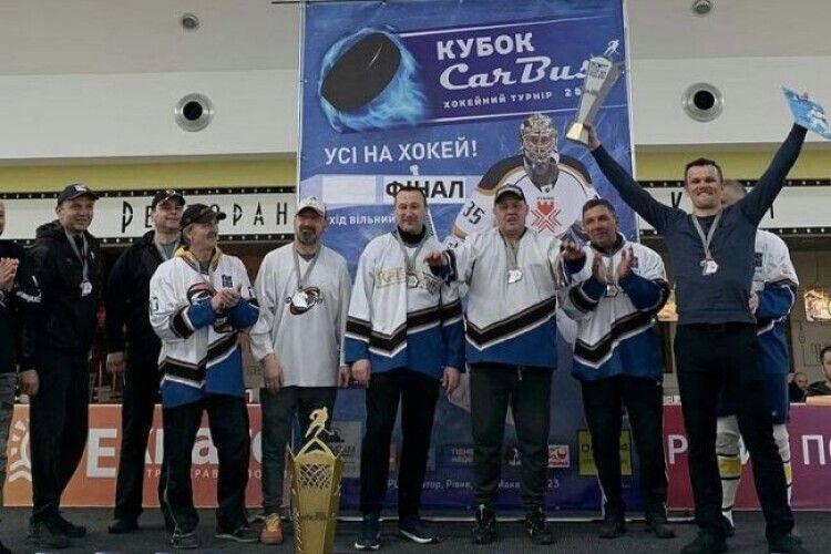 Чемпіонат Рівненщини з хокею виграла «Славута»