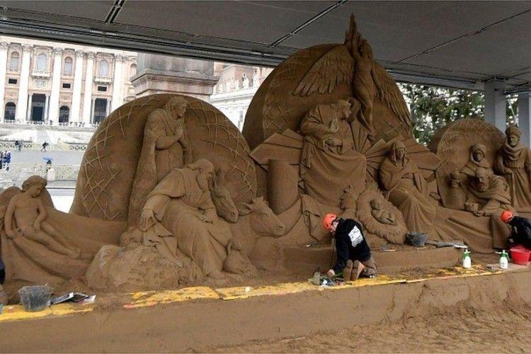 На Різдвяний вертеп пішло 720 тонн піску