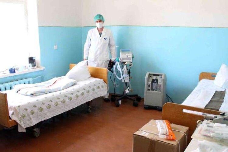 Кисень в лікарнях: Степанов повідомив, скільки ліжок облаштовано для порятунку Covid-хворих