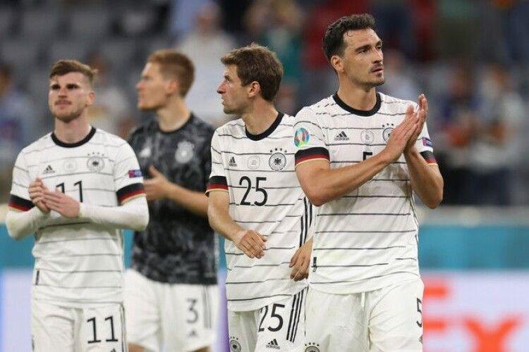 Кріль-прогнозист вагаючись визначив переможця у матчі Португалія - Німеччина (Відео, анонс)