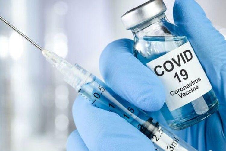 Ляшко повідомив про скарги вакцинованих від коронавірусу українців на самопочуття