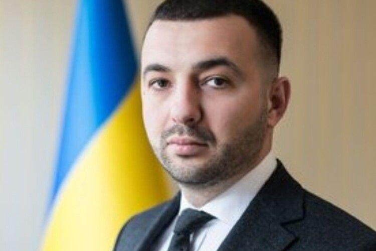 Новий прокурор Тернопільщини пообіцяв своїх підлеглих «#бати як тупих свиней»