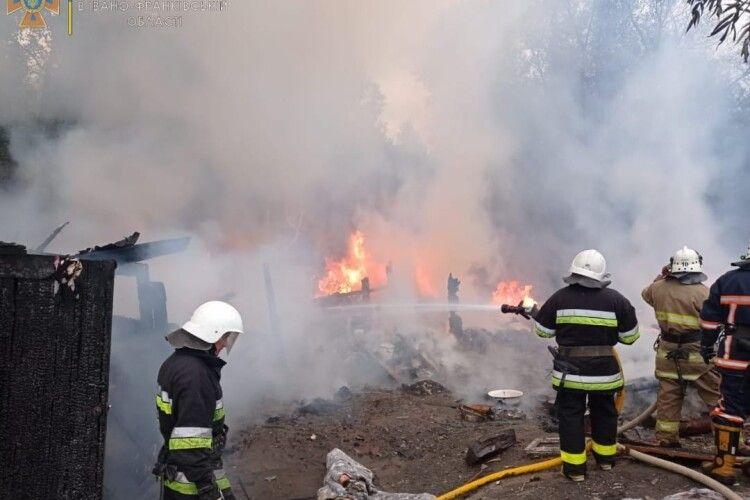 Пожежа у ромському таборі: спалахнули намети (Фото)