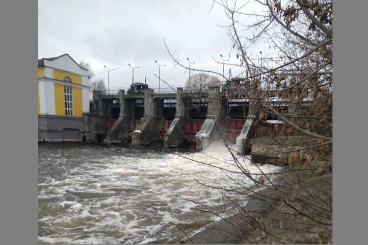 На вихідні річка Стир біля Луцька може вийти на заплаву
