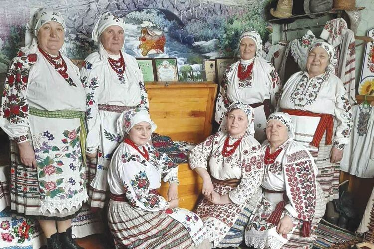 Жіночки ізГути-Боровенської ажтричі підкорювали столичну сцену «Фольк-musіk»