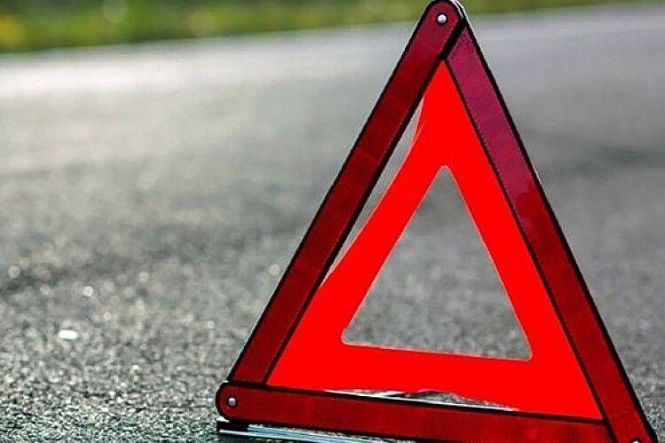 На Волині пішохід загинув на нерегульованому перехресті