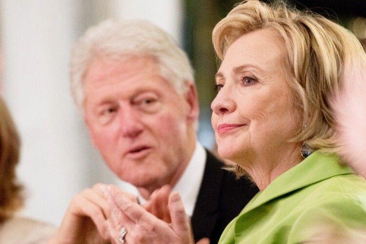 «Мені нема вибачення»: Білл Клінтон згадав, чому зрадив із Монікою Левінські