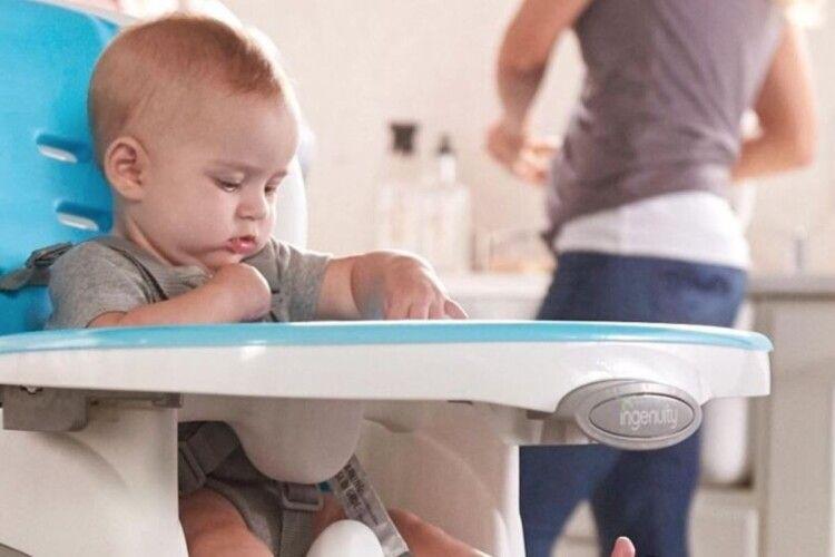 Рейтинг із 5 кращих стільців для годування малечі