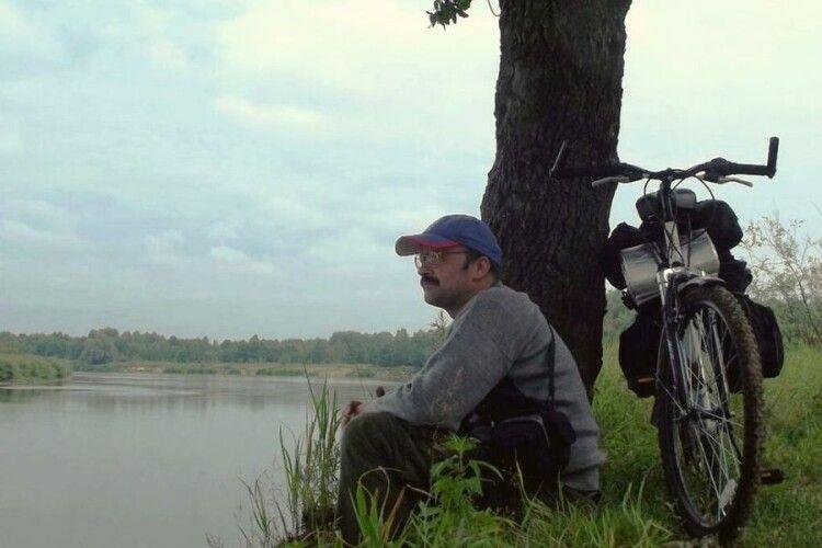 Троє науковців вивчатимуть Волинське Полісся, мандруючи на велосипедах