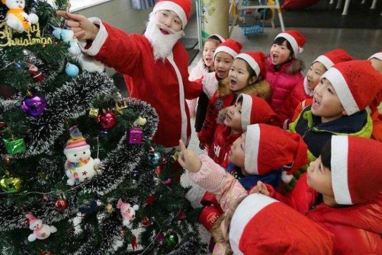 В Китаї забороняють Різдво