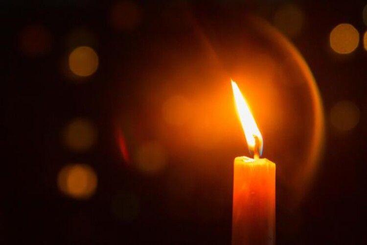На Рівненщині в один день померло подружжя лікарів