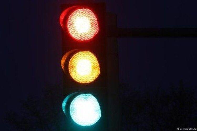 У Луцьку на одній з вулиць встановлять світлофор