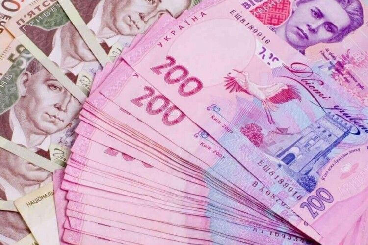 Двом волинянкам довелося повернули державі понад 150 тисяч гривень соцдопомоги