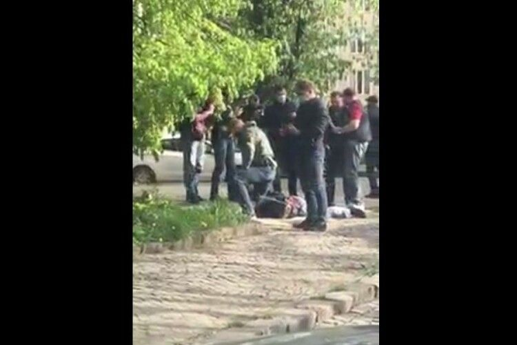 Затримали есбеушника, який збував метамфетамін (Відео)