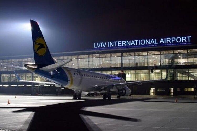 В аеропорту «Львів» імені Данила Галицького провели 10-годинний обшук