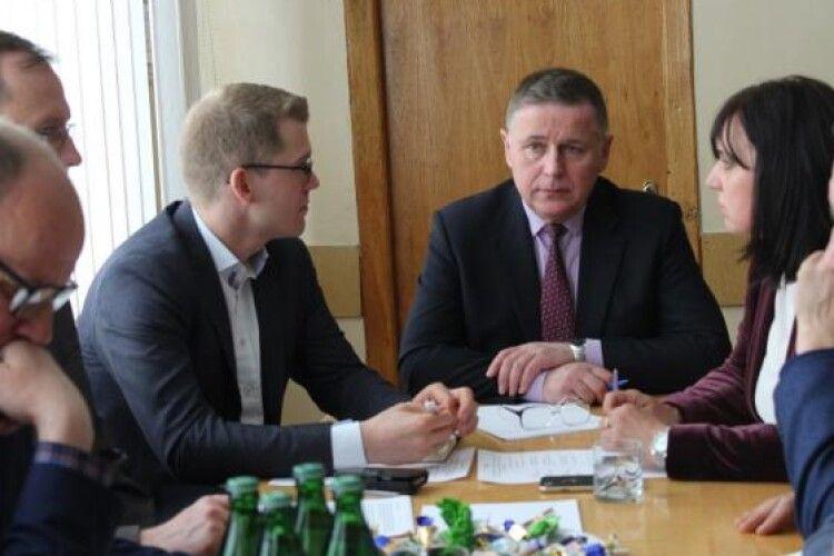 Волинським ОТГ допоможуть врегулювати земельні питання