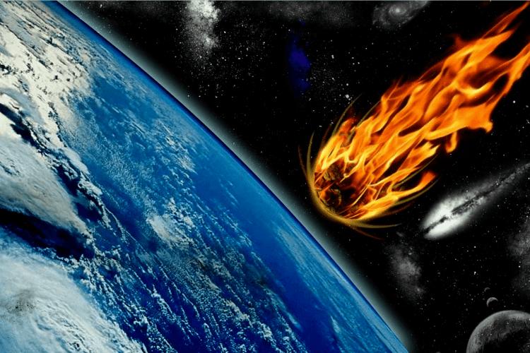 «Як вогняна куля»: очевидці зняли падіння великого метеора (Відео)