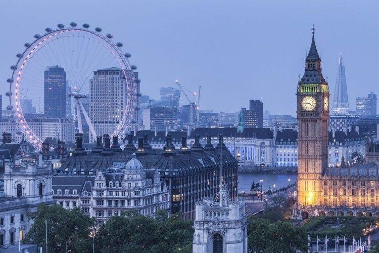 В результаті серії ножових атак у Лондоні одна людина загинула, дев'ять – поранені