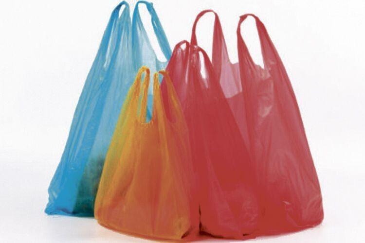 Чи варто викидати поліетиленові пакети?