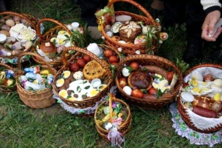 У храмах Камінь-Каширського благочиння збиратимуть пожертви для великоднього кошика захисникам України