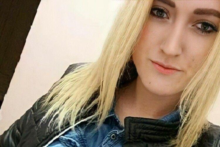 У лісі знайшли тіло зниклої 21-річної дівчини