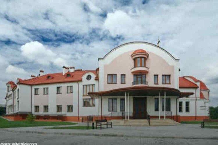 УГКЦ для обсервації медиків передала Патріарший дім у Львові