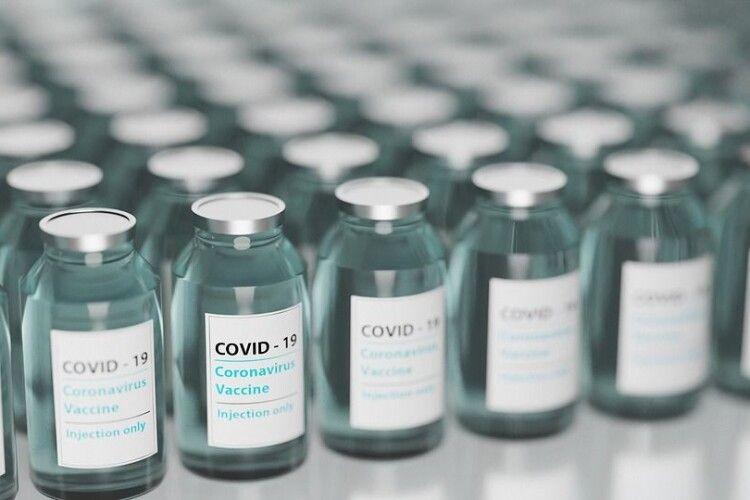 Протягом останньої доби на Волині вакцинували ще 120 людей від коронавірусу