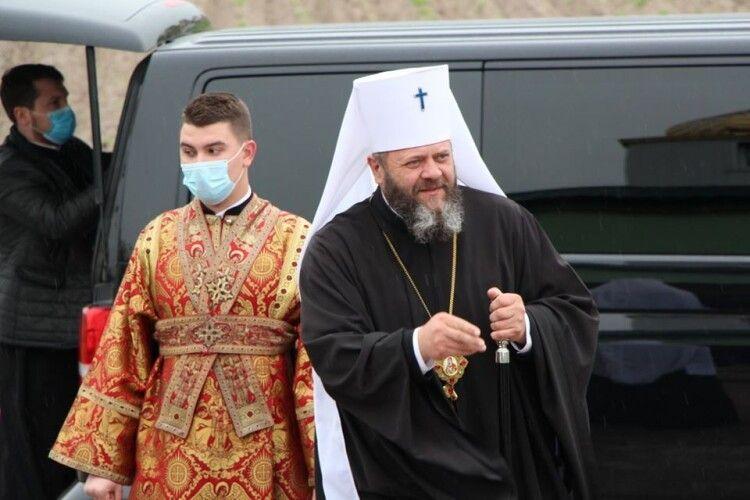 Митрополит Луцький і Волинський Михаїл побував у Дубовому (Фото)