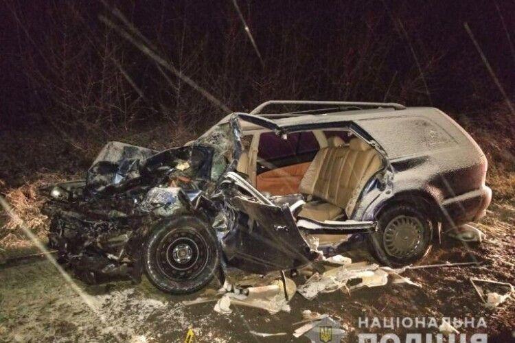 Автівки просто розвалилися: на Рівненщині у страшній ДТП загинула людина, ще четверо – в лікарні (Фото)