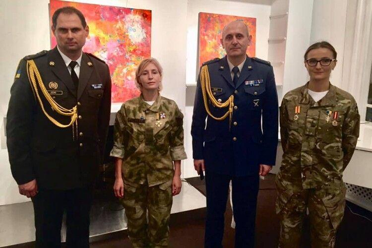 Волинянка Майя Москвич презентує «Невидимий батальйон» і підкорює Париж