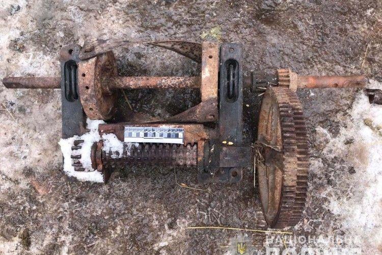 У Заріцьку любитель оковитої спокусився на сусідський металобрухт