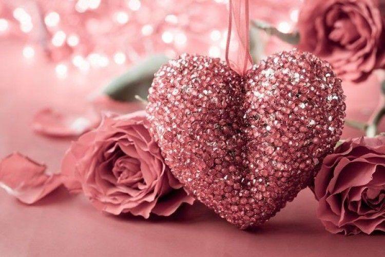 Що подарувати на День закоханих: порада психолога