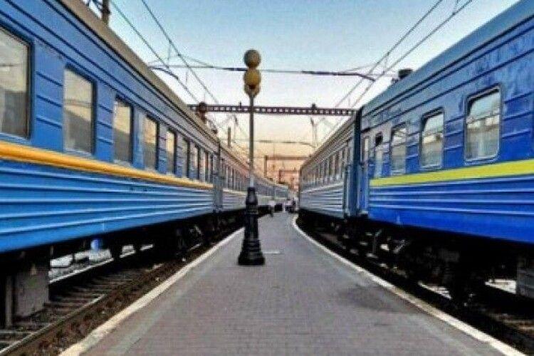 На Волині відновлять рух двох поїздів